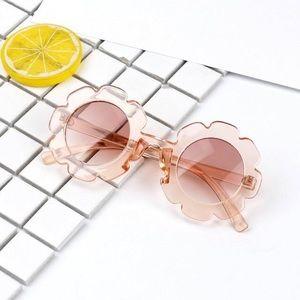 Kids Transparent Pink Flower Shaped Sunglasses